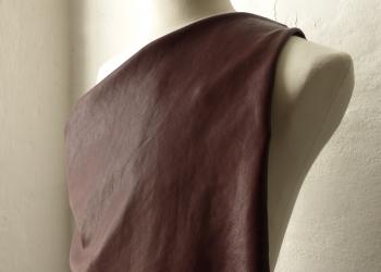 P1050377-marrone